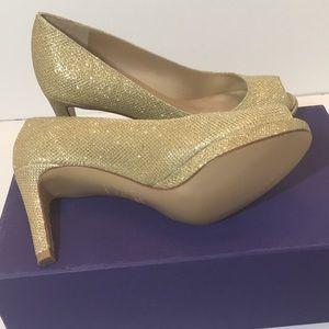 Stuart Weitzman Gold Noir Heels Pumps Size 5.5 M
